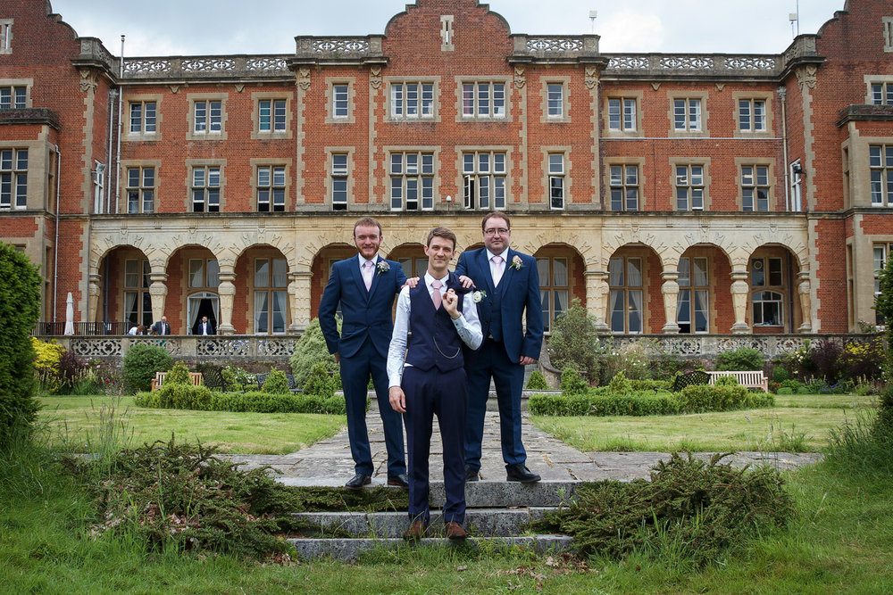 Easthampstead_Park_Wedding_Photographer_Bracknell_Berkshire_005.jpg