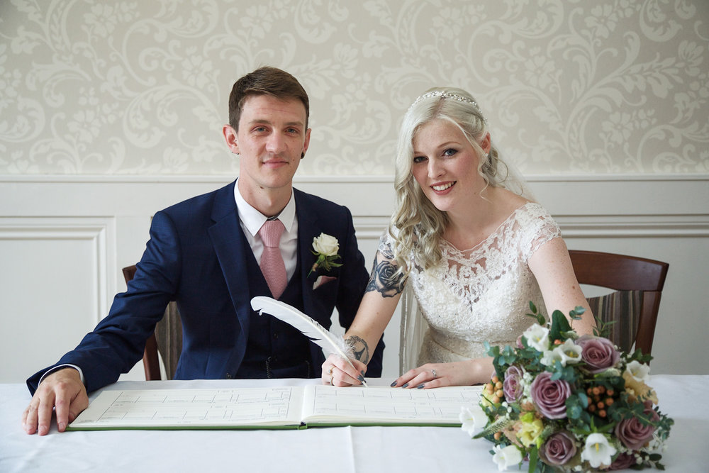 Easthampstead_Park_Wedding_Photographer_Bracknell_Berkshire_025.jpg