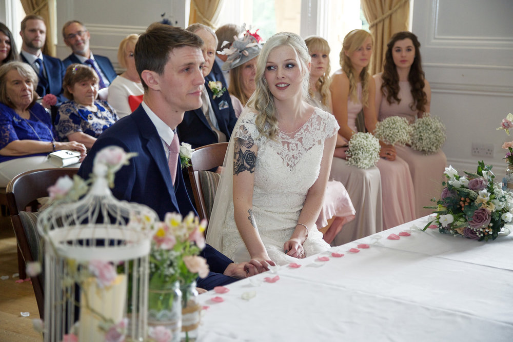 Easthampstead_Park_Wedding_Photographer_Bracknell_Berkshire_032.jpg