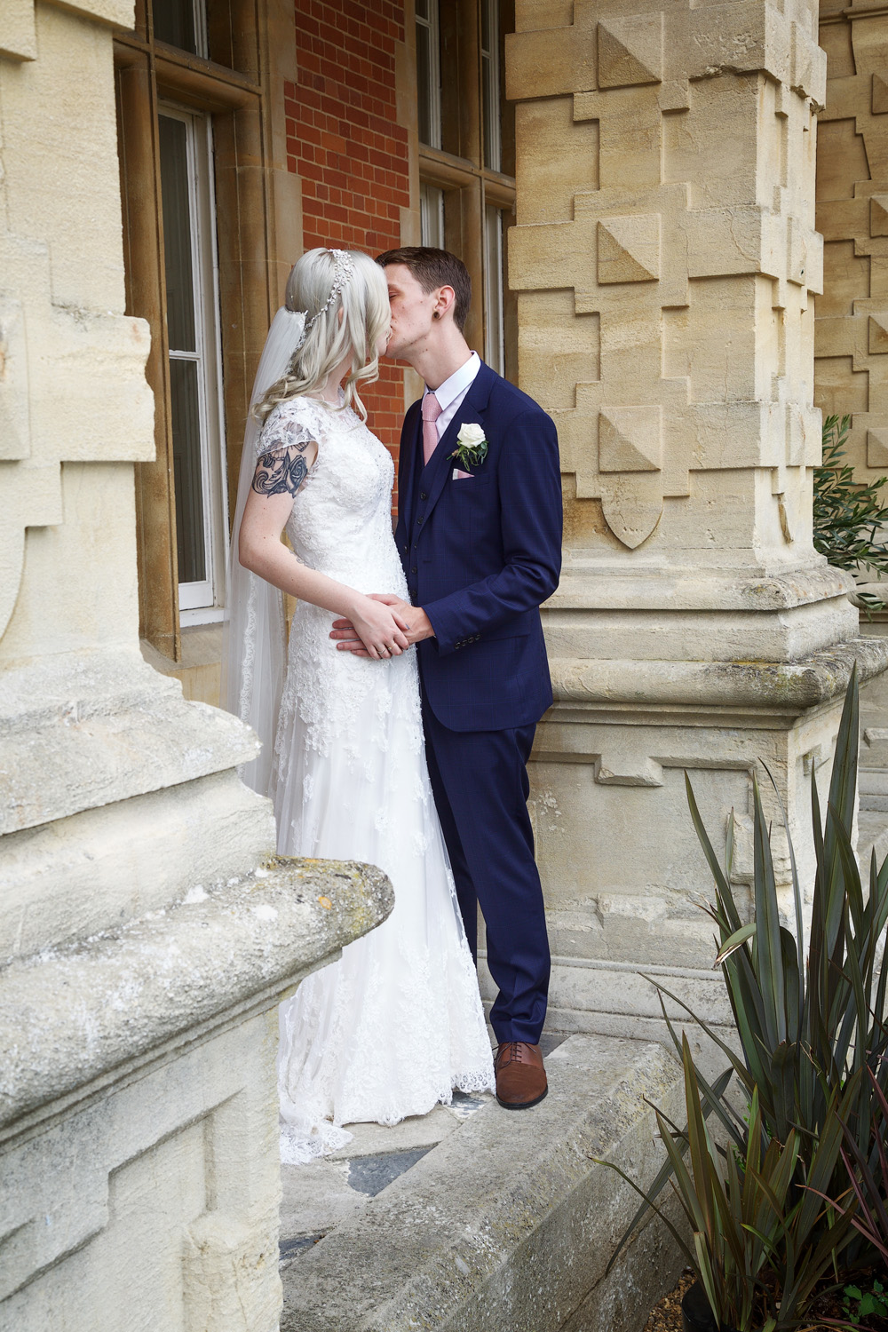 Easthampstead_Park_Wedding_Photographer_Bracknell_Berkshire_038.jpg