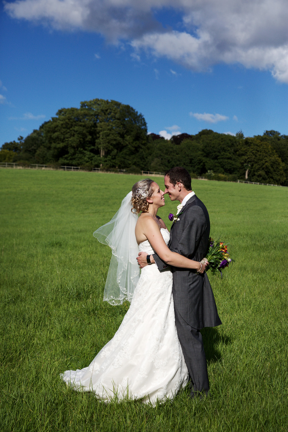 Herons_Barn_Wedding_Photographer_Reading_017.jpg