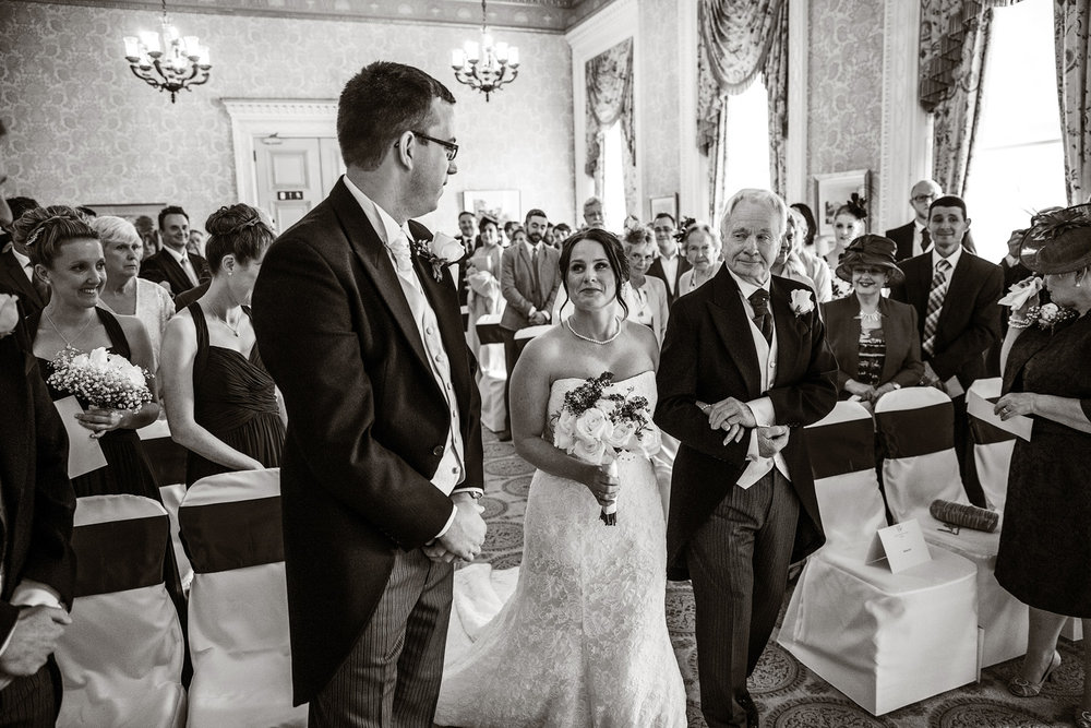 Heythrop_Park_Wedding_Photographer_Chipping_Norton_016.jpg