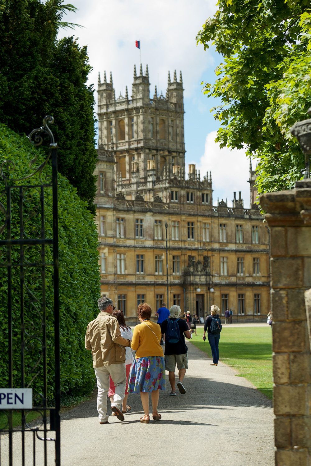 Highclere_Castle_Wedding_Photographer_Newbury_Berkshire_014.jpg