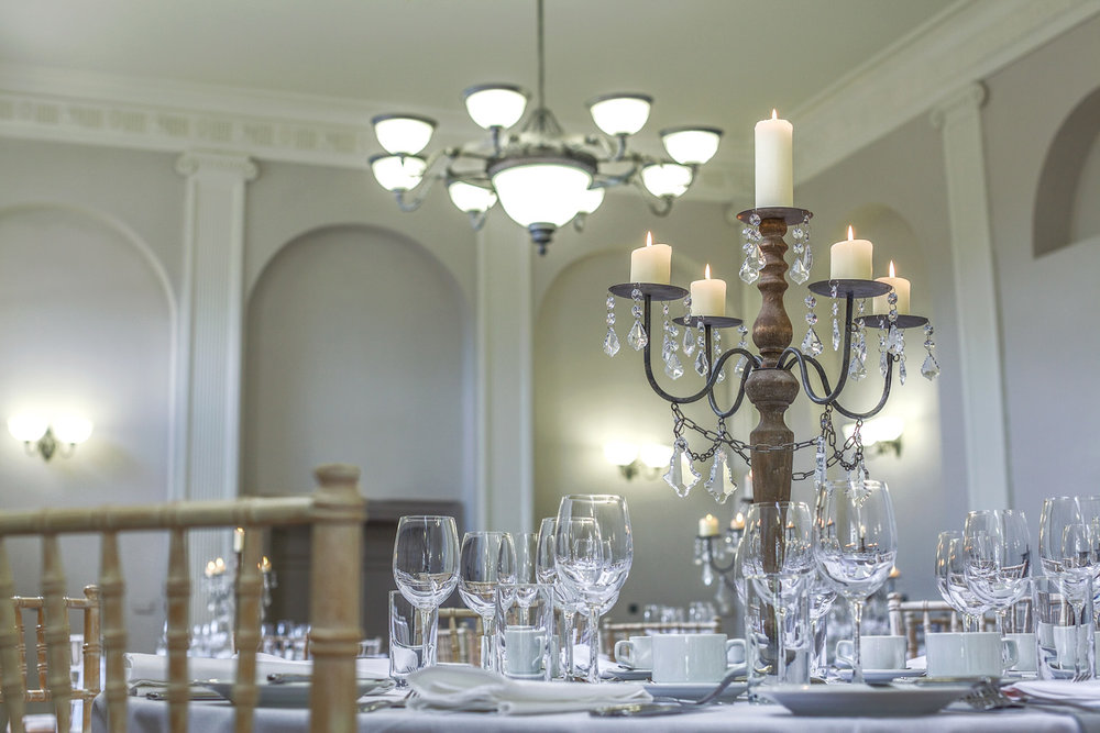 Kings_Head_Hotel_Wedding_Photographer_Cirencester_010.jpg