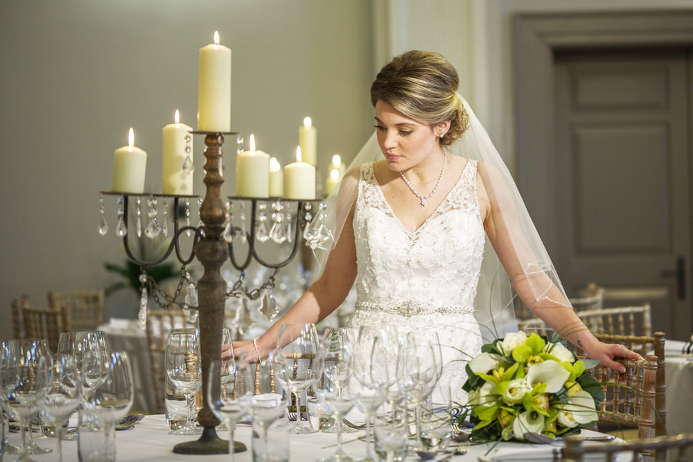Kings_Head_Hotel_Wedding_Photographer_Cirencester_033.jpg