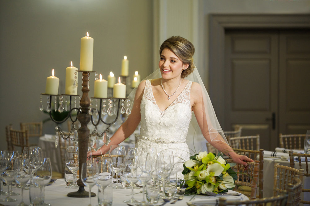 Kings_Head_Hotel_Wedding_Photographer_Cirencester_034.jpg