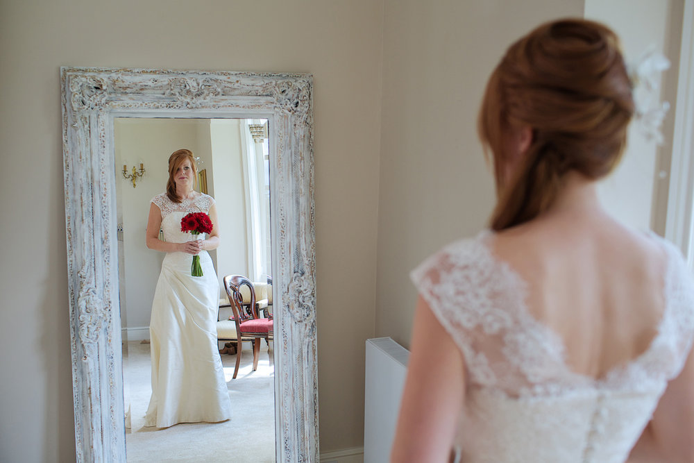 Lains_Barn_Wedding_Photographer_Wantage_004.jpg