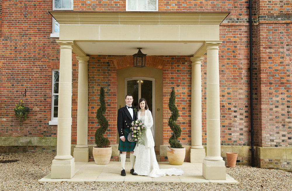 Lains_Barn_Wedding_Photographer_Wantage_019.jpg