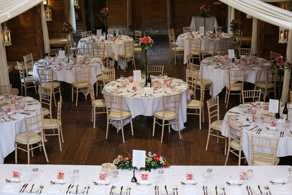 Lains_Barn_Wedding_Photographer_Wantage_029.jpg