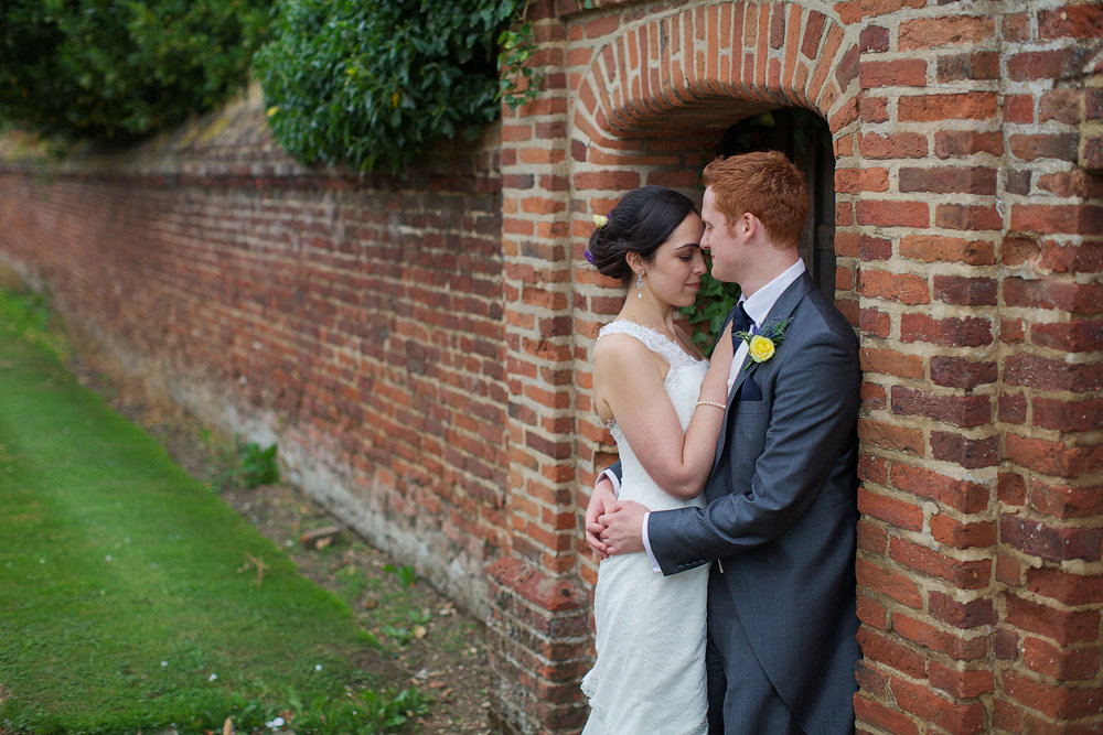 Lillibrooke_Manor_Wedding_Photographer_Maidenhead_013.jpg