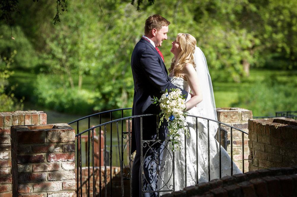 Newbury_Manor_Hotel_Wedding_Photographer_Newbury_Berkshire_009.jpg