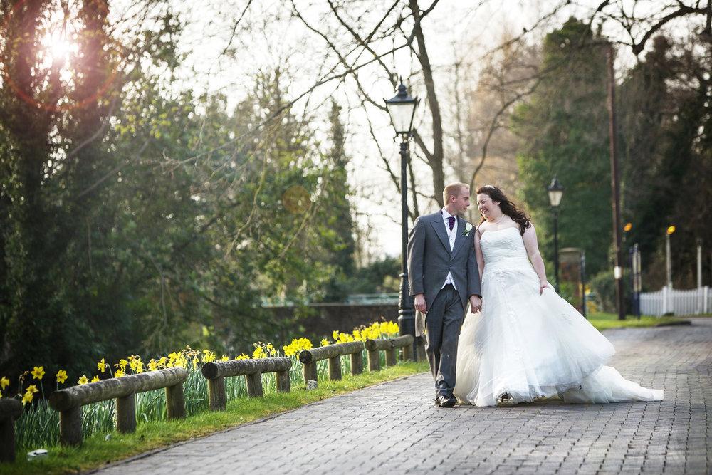 Newbury_Manor_Hotel_Wedding_Photographer_Newbury_Berkshire_014.jpg