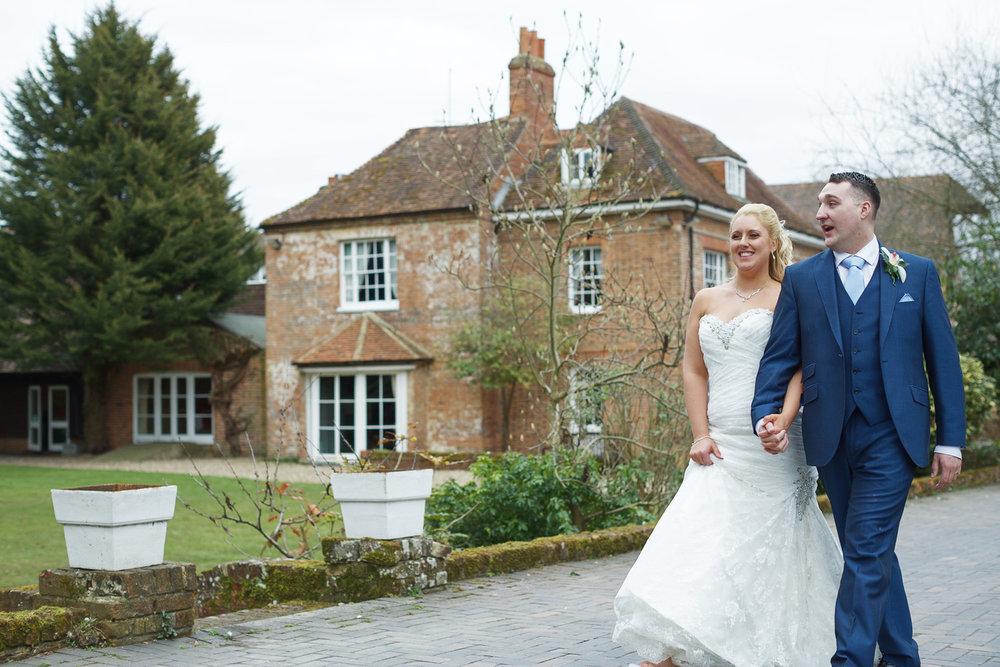 Newbury_Manor_Hotel_Wedding_Photographer_Newbury_Berkshire_015.jpg