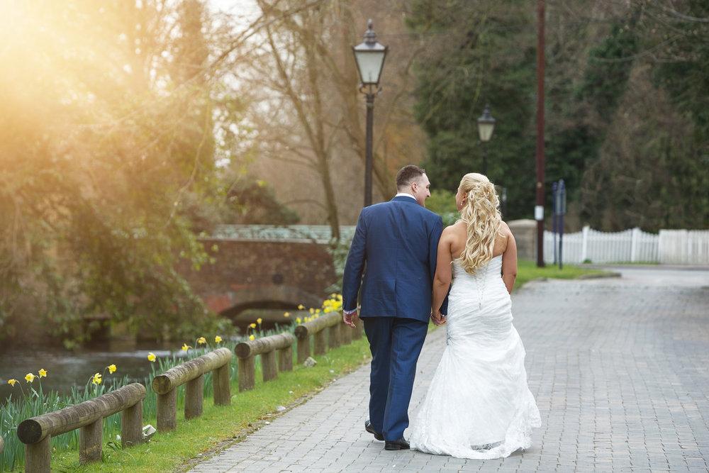 Newbury_Manor_Hotel_Wedding_Photographer_Newbury_Berkshire_031.jpg