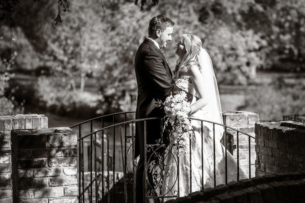 Newbury_Manor_Hotel_Wedding_Photographer_Newbury_Berkshire_036.jpg