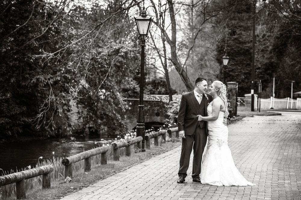 Newbury_Manor_Hotel_Wedding_Photographer_Newbury_Berkshire_046.jpg