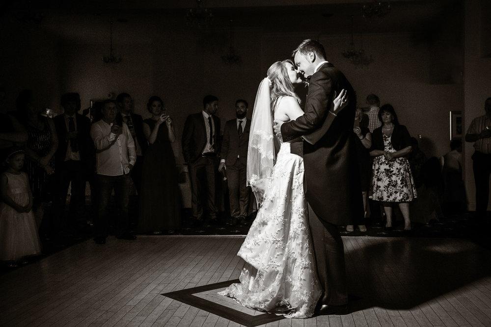 Newbury_Manor_Hotel_Wedding_Photographer_Newbury_Berkshire_056.jpg