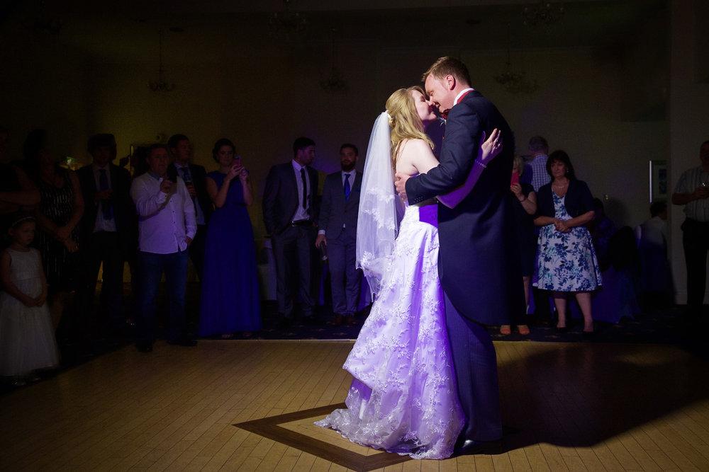 Newbury_Manor_Hotel_Wedding_Photographer_Newbury_Berkshire_057.jpg