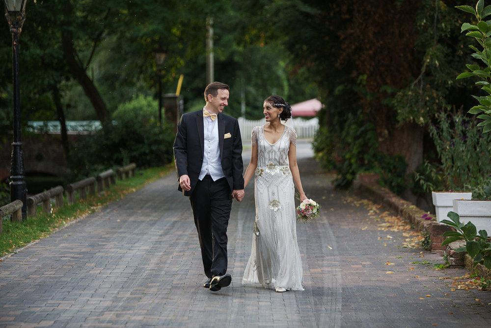 Newbury_Manor_Hotel_Wedding_Photographer_Newbury_Berkshire_060.jpg