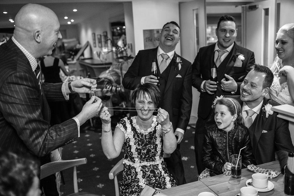 Newbury_Manor_Hotel_Wedding_Photographer_Newbury_Berkshire_062.jpg