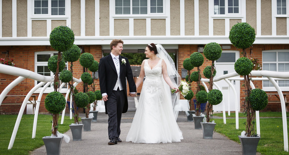 Newbury_Racecourse_Wedding_Photographer_Newbury_Berkshrie_007.jpg