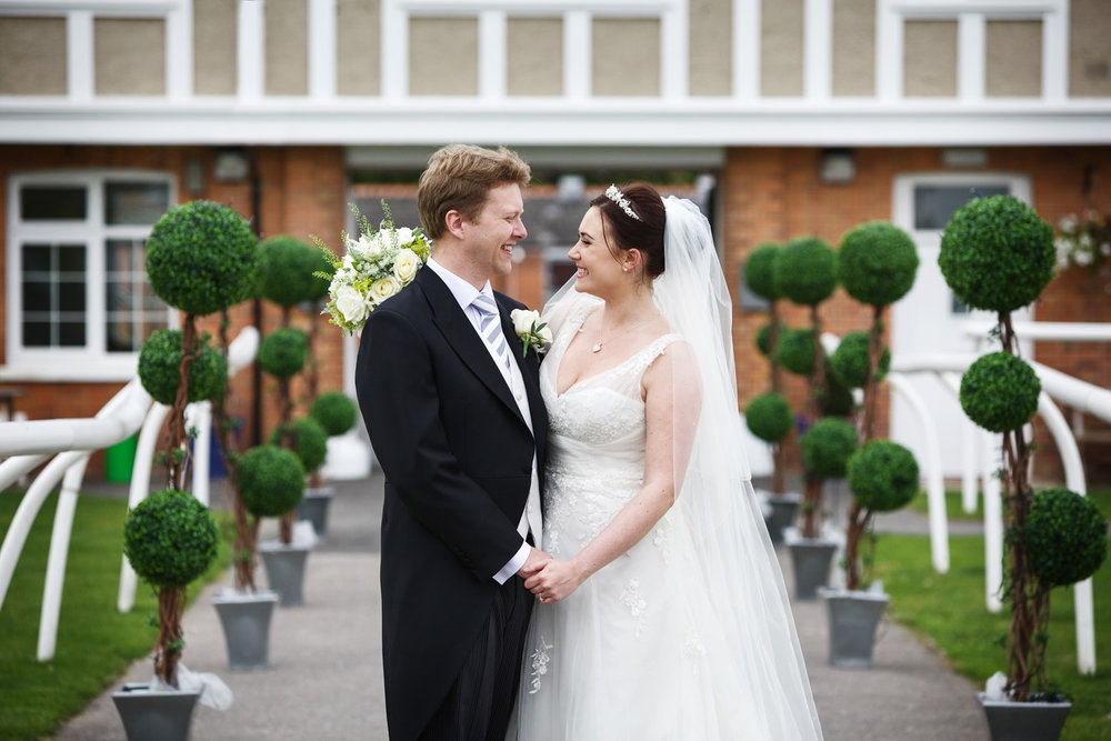Newbury_Racecourse_Wedding_Photographer_Newbury_Berkshrie_013.jpg