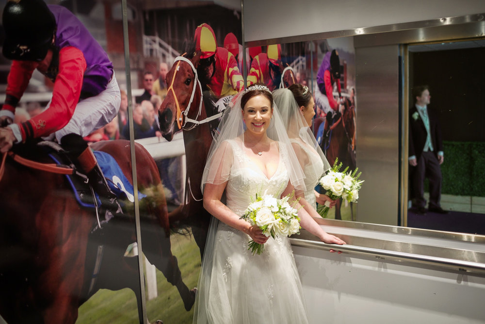 Newbury_Racecourse_Wedding_Photographer_Newbury_Berkshrie_014.jpg