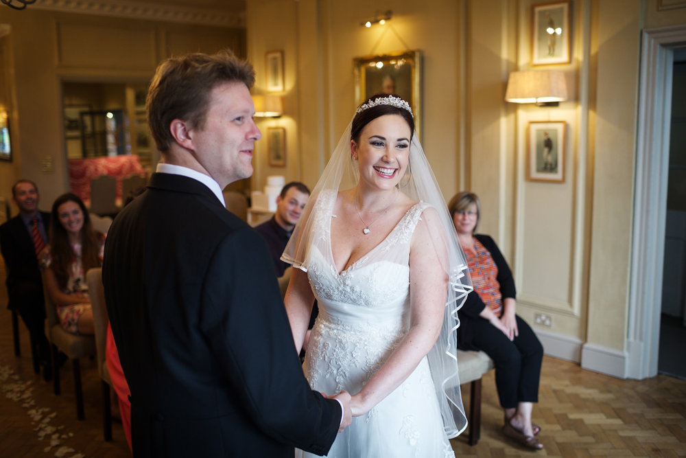 Newbury_Racecourse_Wedding_Photographer_Newbury_Berkshrie_020.jpg