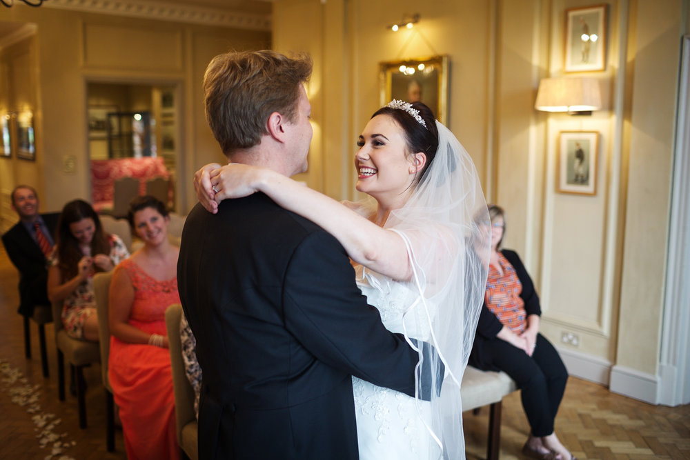 Newbury_Racecourse_Wedding_Photographer_Newbury_Berkshrie_021.jpg
