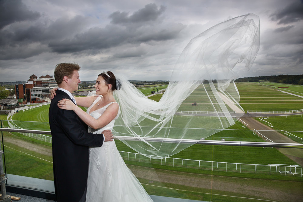 Newbury_Racecourse_Wedding_Photographer_Newbury_Berkshrie_031.jpg