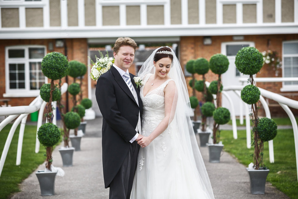 Newbury_Racecourse_Wedding_Photographer_Newbury_Berkshrie_046.jpg