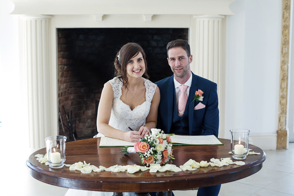 Northbrook_Park_Wedding_Photographer_Farnham_032.jpg