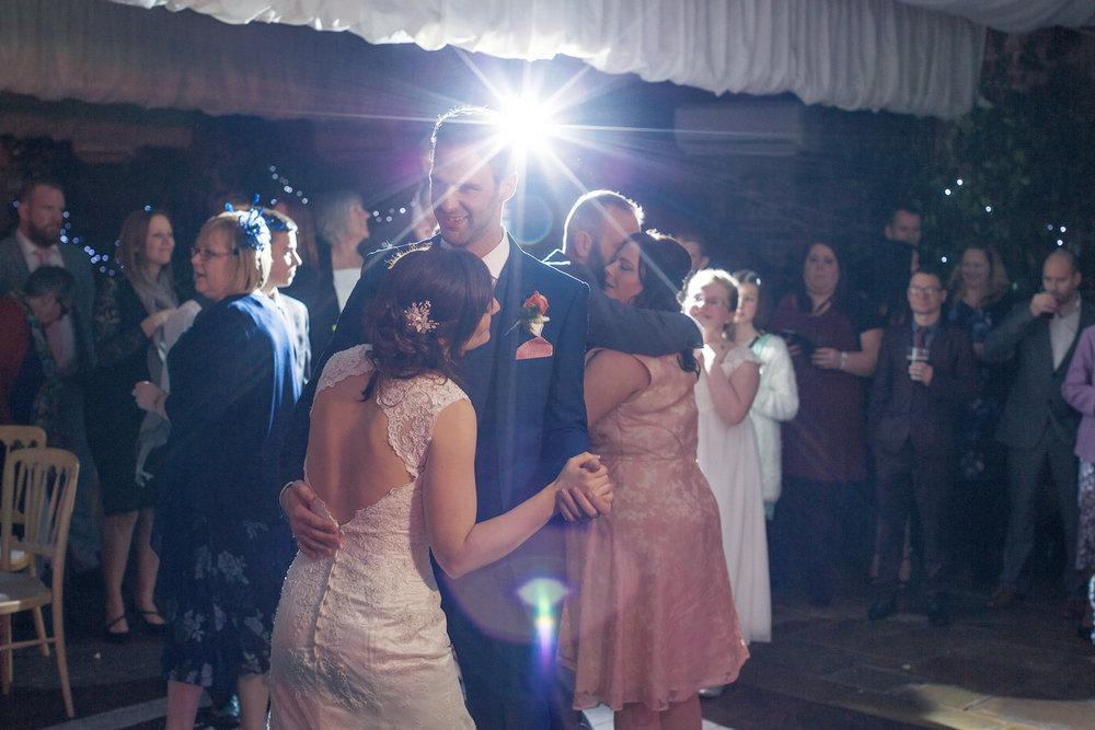 Northbrook_Park_Wedding_Photographer_Farnham_049.jpg