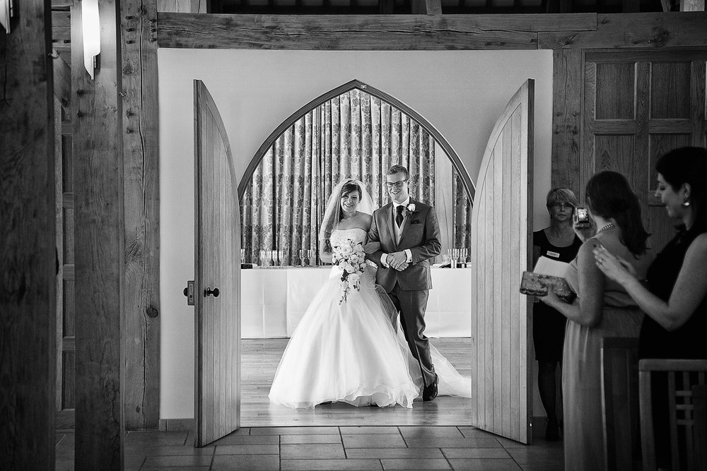 Rivervale_Barn_Wedding_Photographer_Yateley_048.jpg