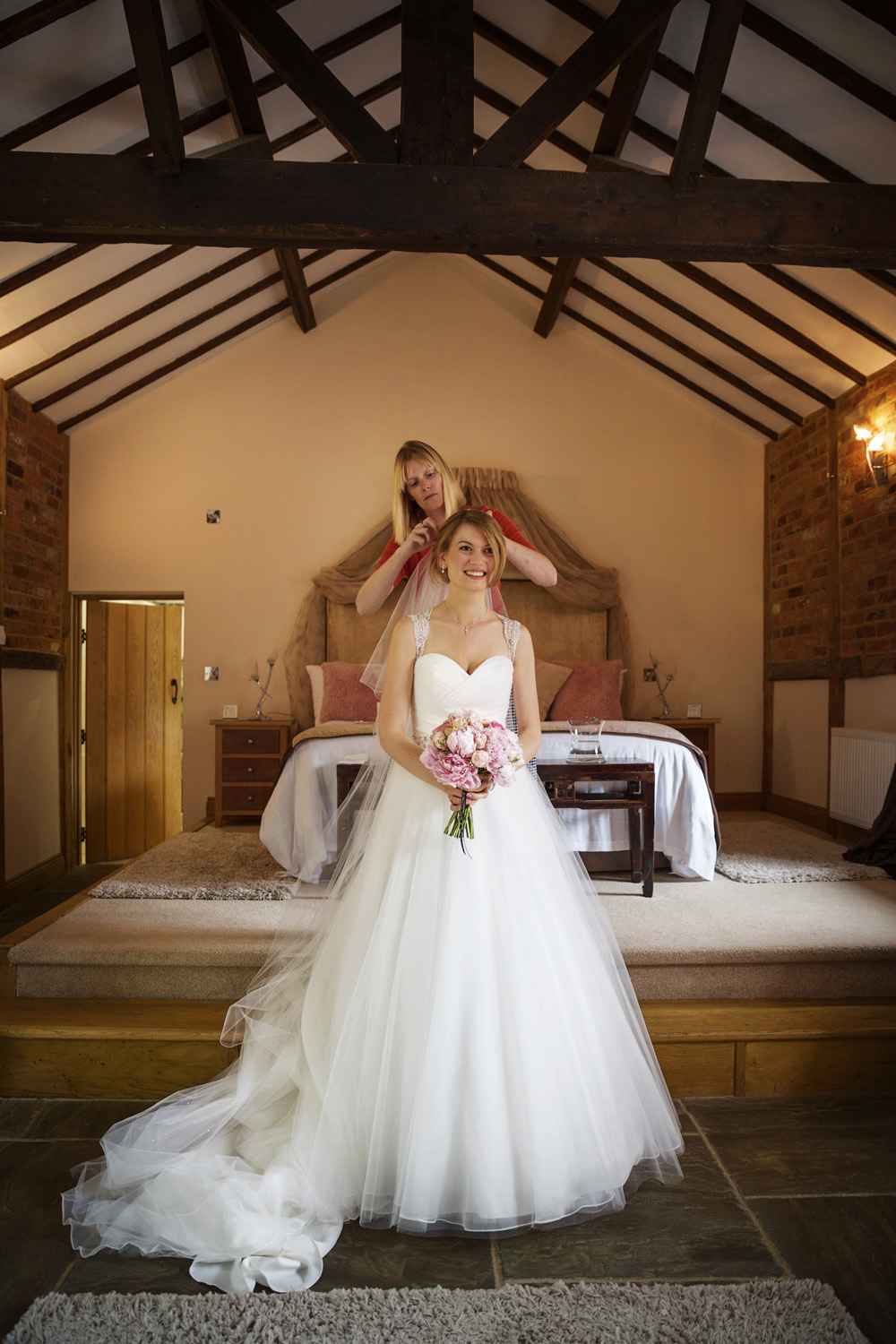 Rivervale_Barn_Wedding_Photographer_Yateley_055.jpg