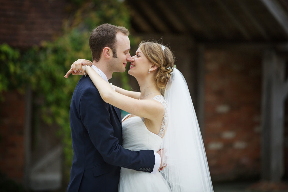 Rivervale_Barn_Wedding_Photographer_Yateley_063.jpg