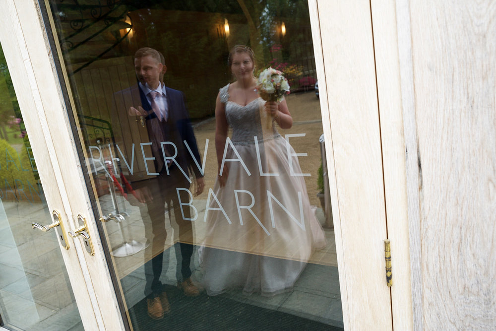 Rivervale_Barn_Wedding_Photographer_Yateley_084.jpg