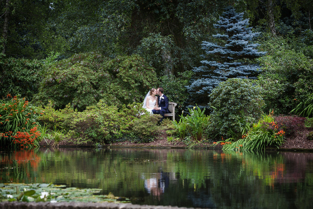 Rivervale_Barn_Wedding_Photographer_Yateley_085.jpg