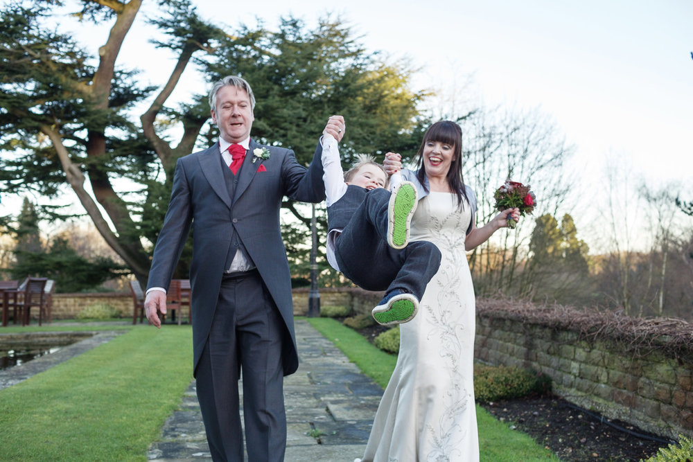 Pennyhill_Park_Hotel_Wedding_Photographer_Bagshot_004.jpg