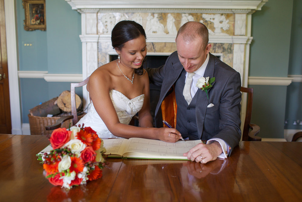 Rockley Manor_Wedding_Photographer_Marlborough_013.jpg