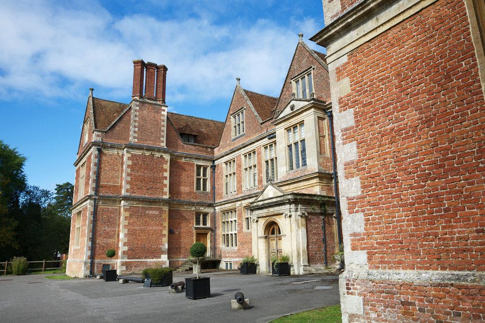 Shaw_House_Wedding_Photographer_Newbury_Berkshire_008.jpg