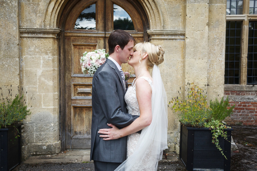Shaw_House_Wedding_Photographer_Newbury_Berkshire_016.jpg