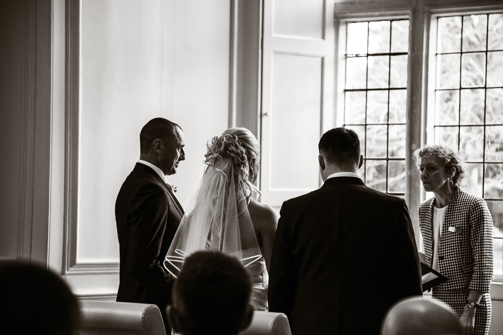 Shaw_House_Wedding_Photographer_Newbury_Berkshire_023.jpg