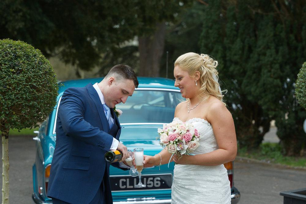 Shaw_House_Wedding_Photographer_Newbury_Berkshire_035.jpg