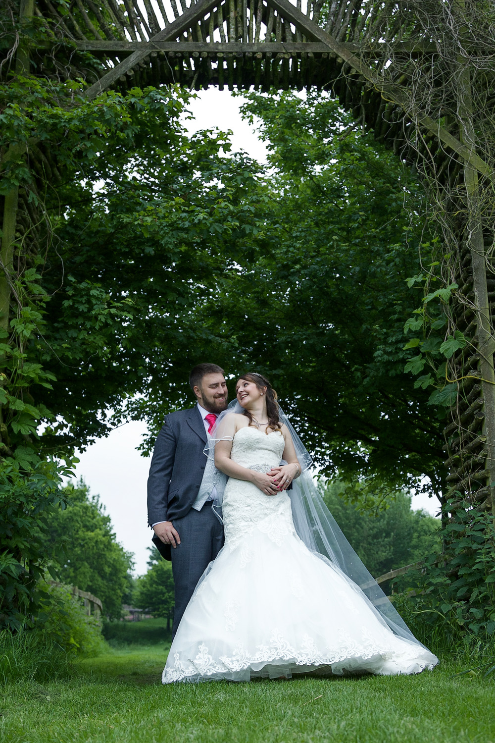 Sheepdrove_Eco_Centre_Wedding_Photographer_Hungerford_Berkshire_012.jpg