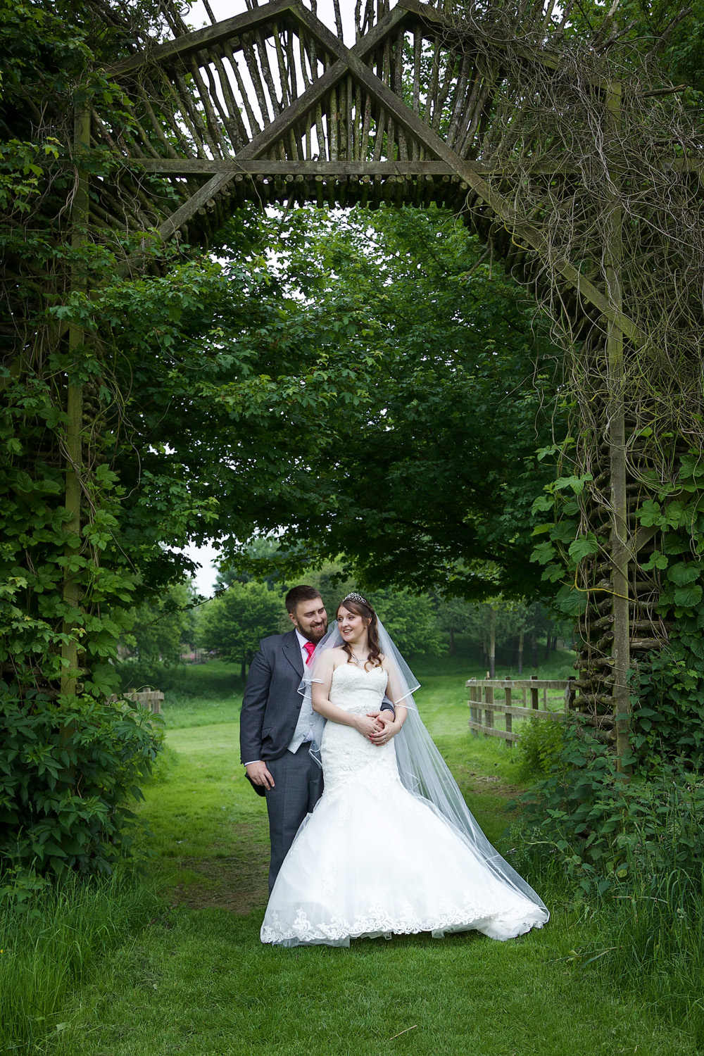 Sheepdrove_Eco_Centre_Wedding_Photographer_Hungerford_Berkshire_026.jpg