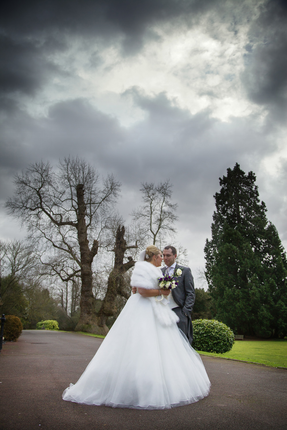 Taplow_House_Hotel_Wedding_Photographer_Maidenhead_049.jpg