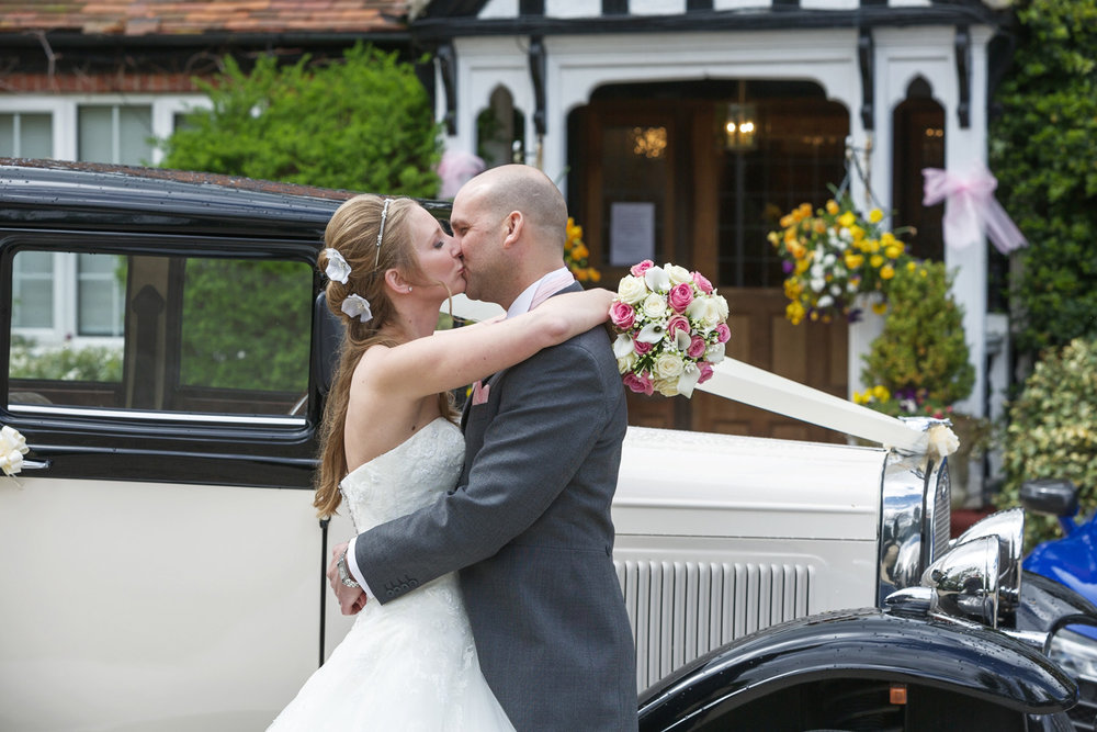 Trunkwell_House_Wedding_Photographer_Reading_Berkshire_027.jpg