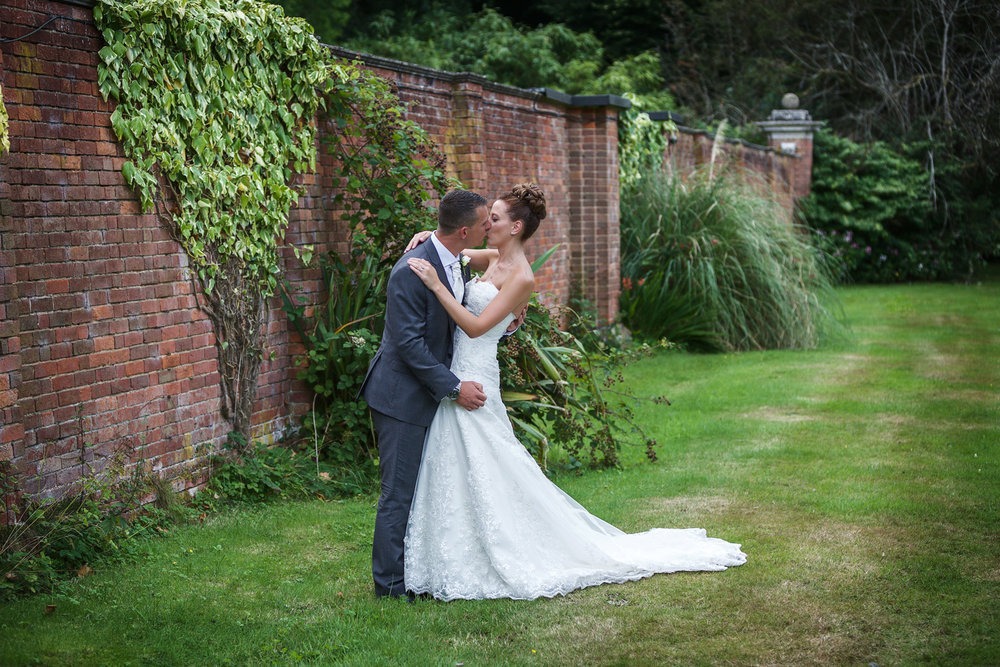Warbrook_House_Wedding_Photographer_Hook_029.jpg
