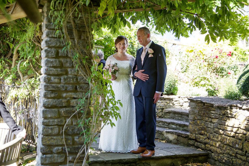 Winkworth_Farm_Wedding_Photographer_Malmesbury_011.jpg